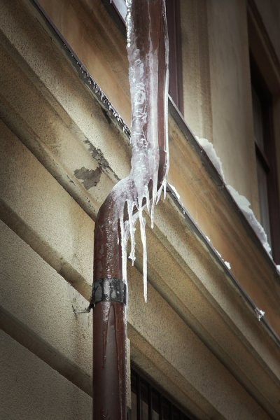 frozen pipes elmhurst